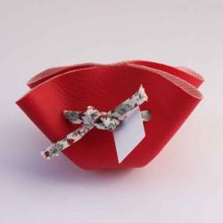 Bourse à dragées rouge avec ruban à fleurs rouges personnalisable