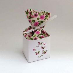 Boîte à dragées personnalisée en carton et tissu fleuri rose