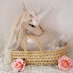 Coussin décoratif Licorne musical et personnalisable
