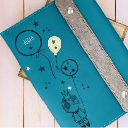 Protège carnet de santé personnalisé en cuir et liberty Petit prince