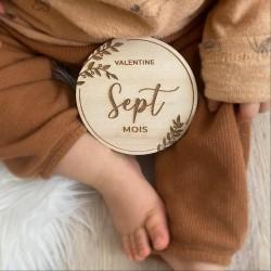 Cartes étapes bébé personnalisées florales en bois