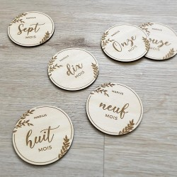 12 Cartes étapes bébé personnalisées en bois fabriquées en France
