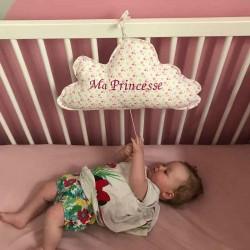 Coussin musical nuage pour lit bébé
