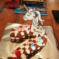 Cake topper personnalisé Licorne en bois