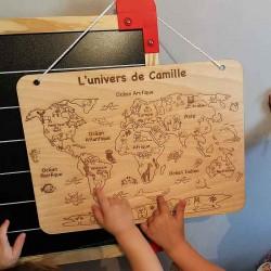 Carte du monde personnalisée en bois pour enfants